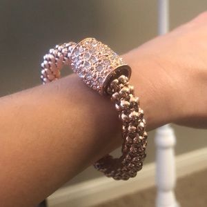 Jewelry - Rose gold and rhinestone stretch mesh bracelet